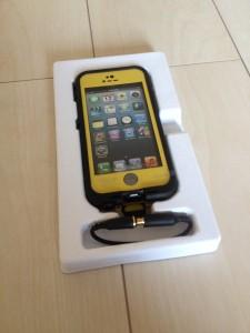 iPhone5s用ケース防水・防塵・耐衝撃ケースLifeProof iPhone5s fre